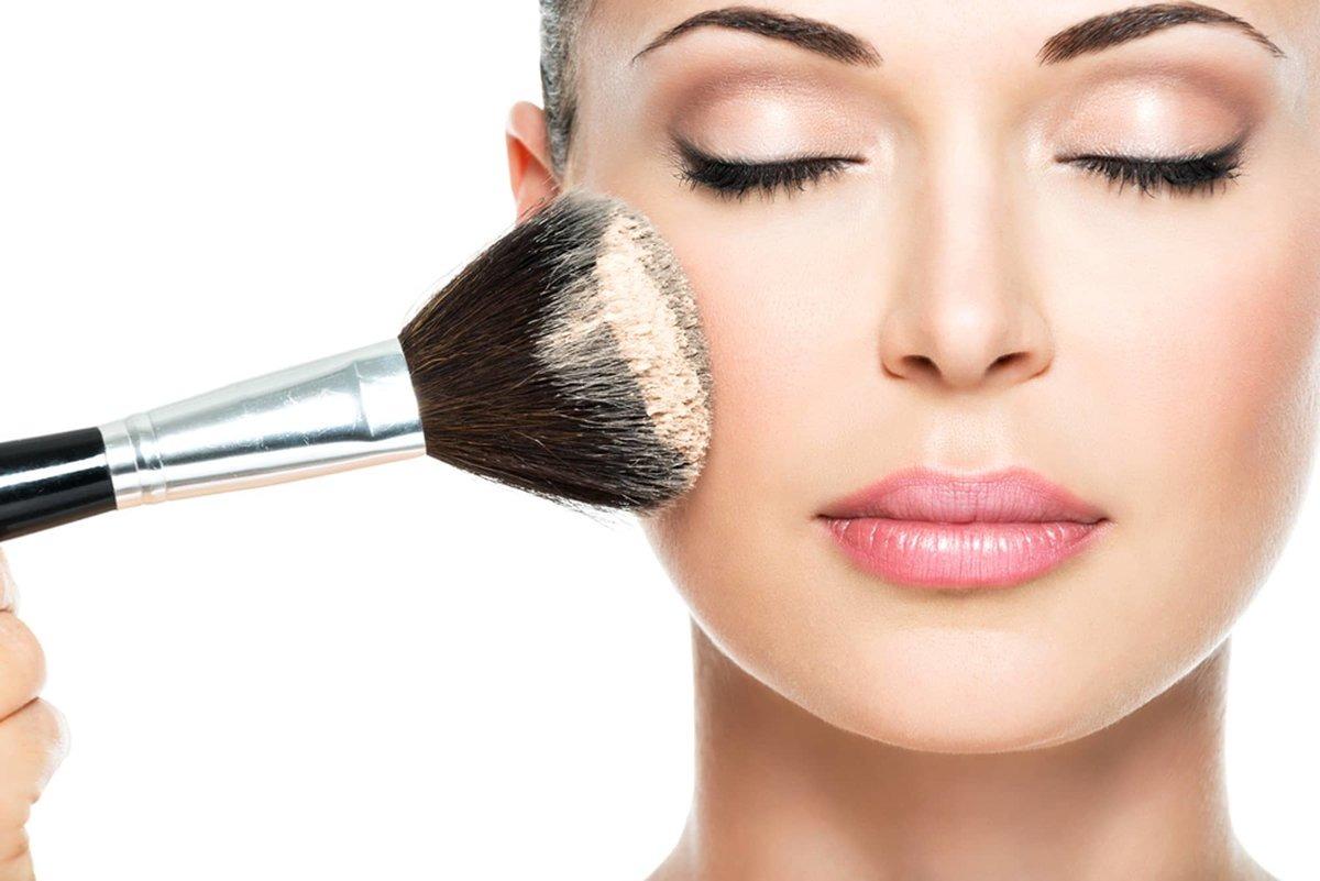 Создание макияжа в Мурино. салон Beauty Center Bagira